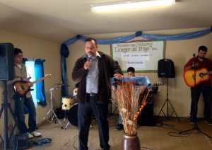Pastor Rodrigo Vallarta leading the church