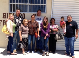 Peter and Jenny Boling are in the middle with Dawn and Dave and Yolanda's mom on the left and Sophie (our intern), Yolanda and Daniel and Camila Nuñez on the right