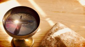 The Lord's Supper, image by www.adcrucem.org