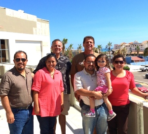 Dave & Peter (the small guys in the back) with Benjamin & Blanca Romero and Victor & Fanny and Karis Gonzalez in Los Cabos