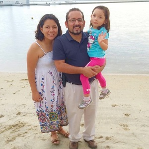 Victor & Fanny Gonzalez with their daughter, Xaris