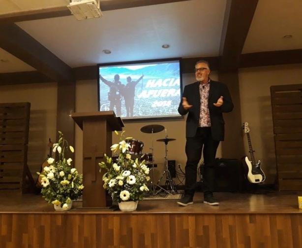 Dave preaching in Tijuana